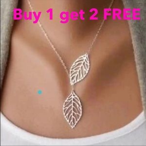 Jewelry - Leaf silver color necklace neck18s